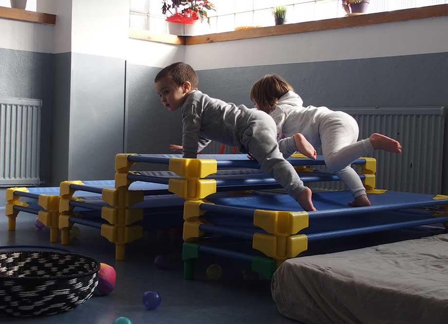 Juegos infantiles en la escuela